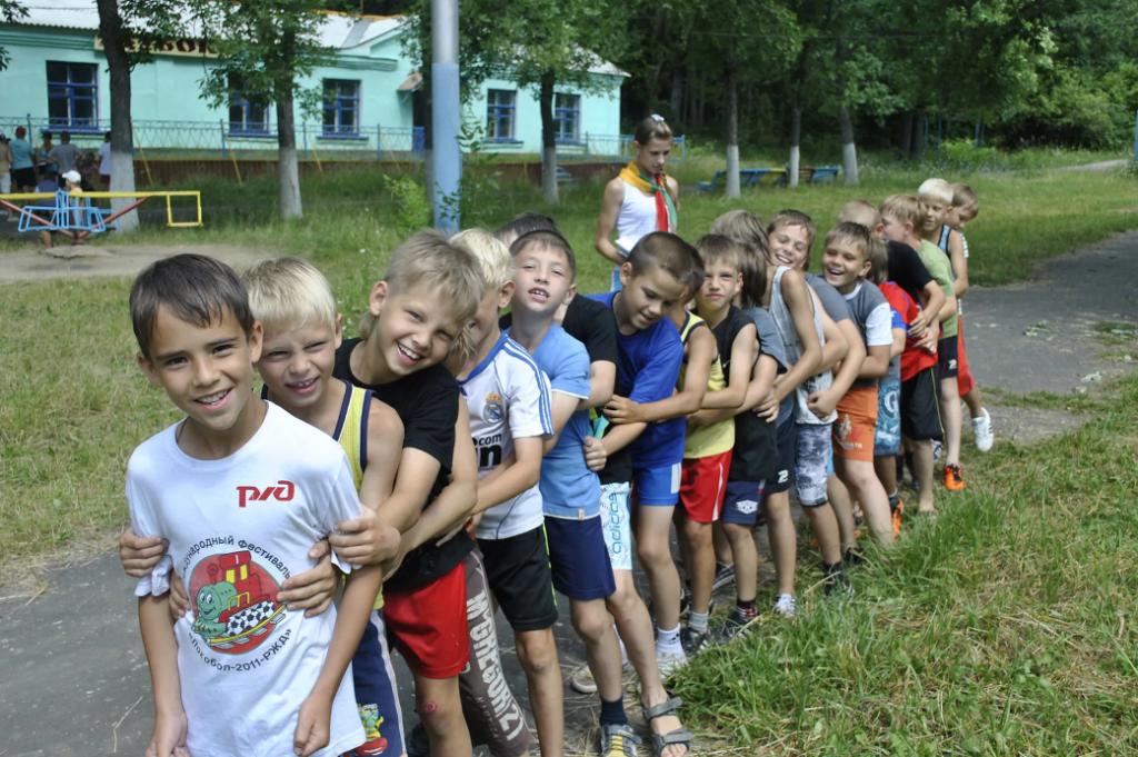 Игра Автограф на знакомство в детском лагере или на вечеринке