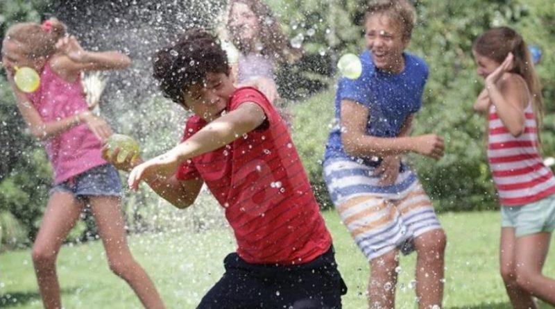 Летняя игра «Водяные бомбочки» для пляжа, улицы или бассейна